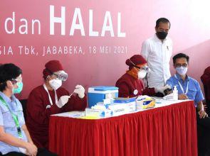 Airlangga: Vaksinasi Gotong Royong Akan Mempercepat Pemulihan Ekonomi Nasional